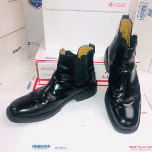 Cole Haan Chelsea Boots Black Leather minor scuffs